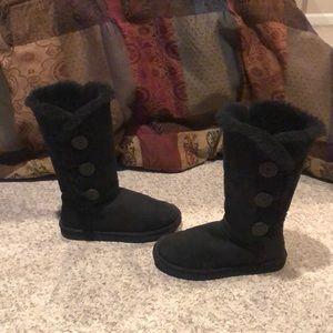 Ugg black triple bailey button sheepskin boots 7